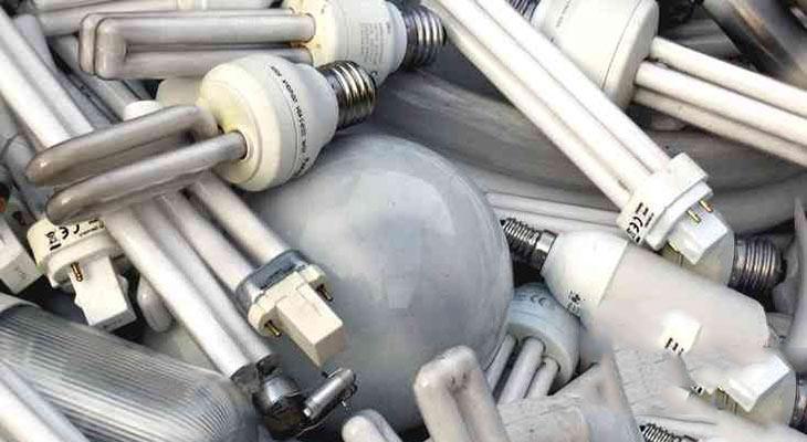Обеспечивать утилизацию люминесцентных ламп