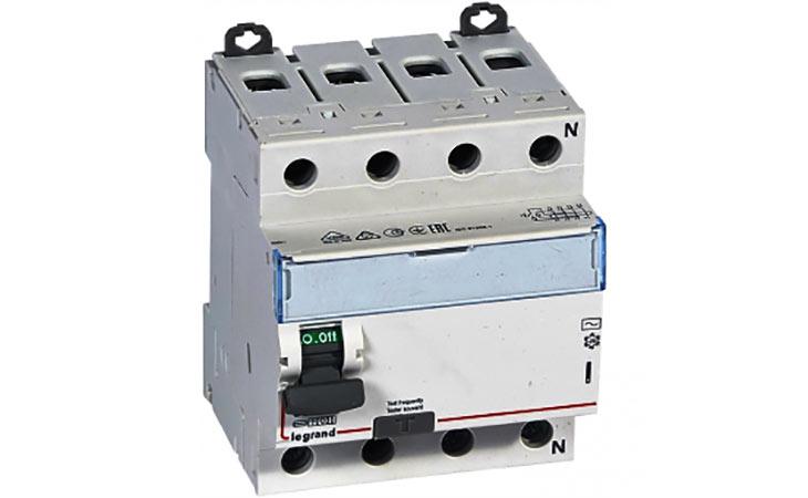 Выключатель дифференциальный четырехполюсный (УЗО) Legrand DX3-ID 80А AC300