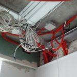 Прокладка кабеля за подвесным потолком