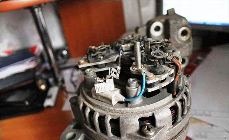 Как проверить генератор автомобиля мультиметром