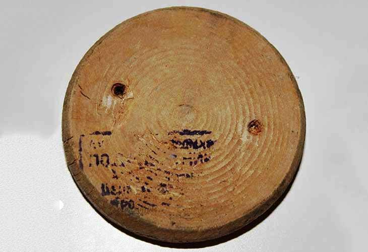 Подрозетник деревянный