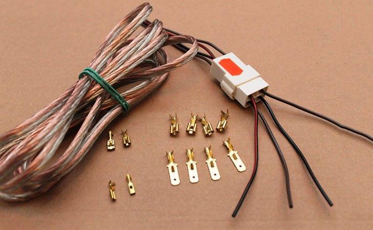 Акустические провода с разъёмом