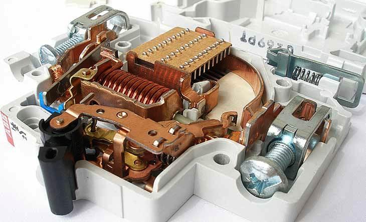 Автоматический выключатель ABB SH201-C25 (ABB 2CDS211001R0254)